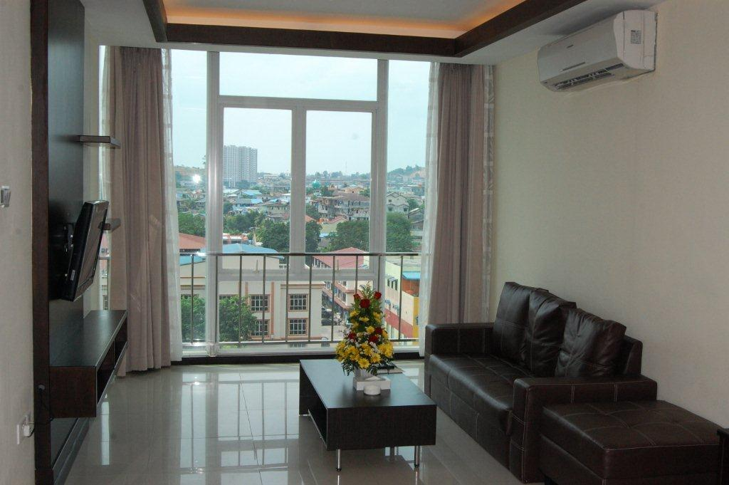 Live In Luxurious Modern Decoration The Heart Of Batam City With A Safe Environment And Near To Malls Food Location